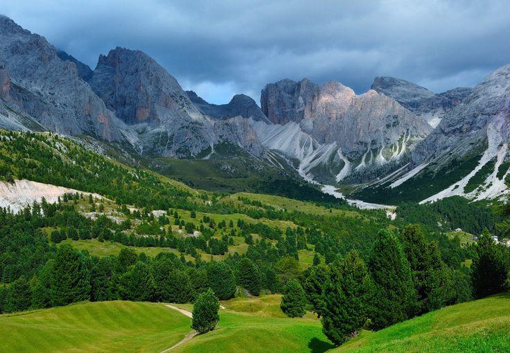 dolomites, italyAwesome Travel, Dolomites Italy, Italy Landscapes, Travel Places, Beautiful Places, 1000 Places, Amazing Places, Awesome Photography, Landscapes Photography