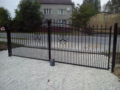brama dwuskrzydłowa wjazdowa ogrodzenie