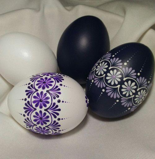 Kraslice-tmavě fialová