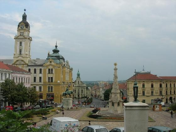 Pec, Hungary  3666057-szechenyi_ter_pecs_hungary-pecs.jpg (560×420)