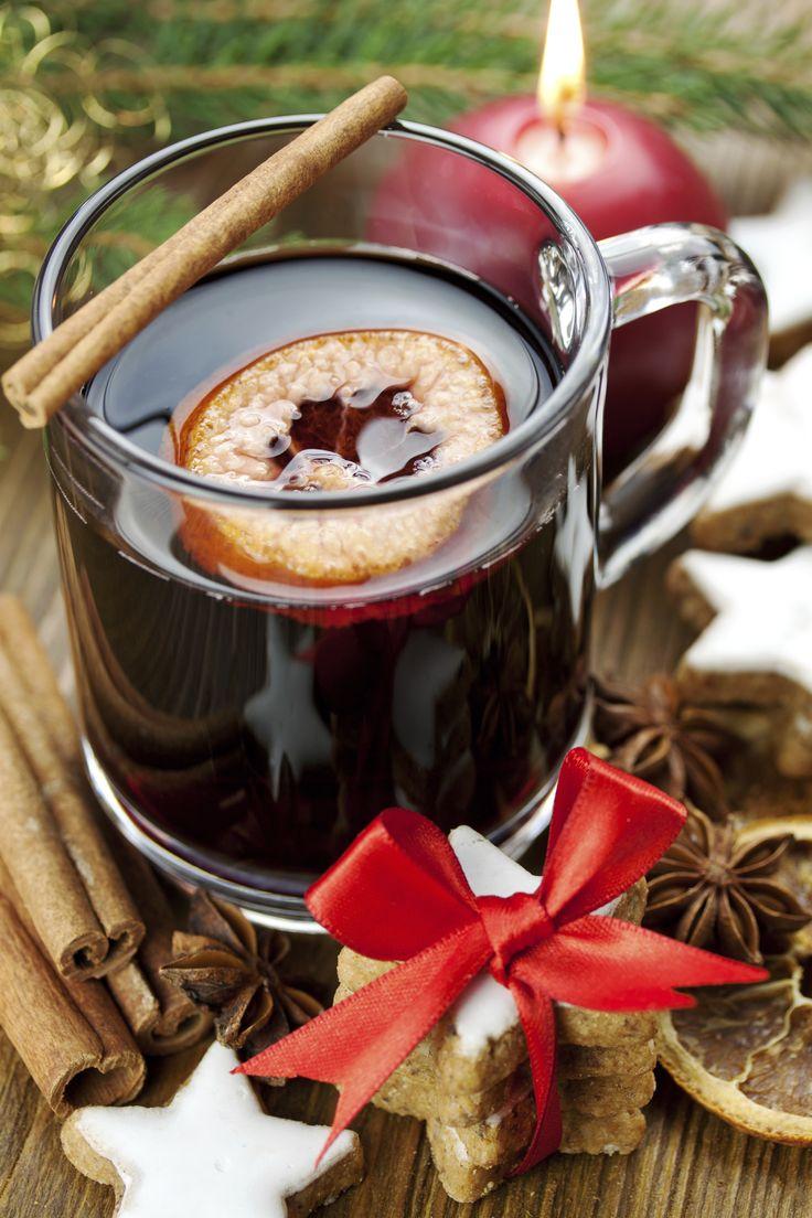 El mejor ponche navideño para preparar en las posadas o en la época navideña. Disfruta de esta sensacional receta que a todos les encantará.