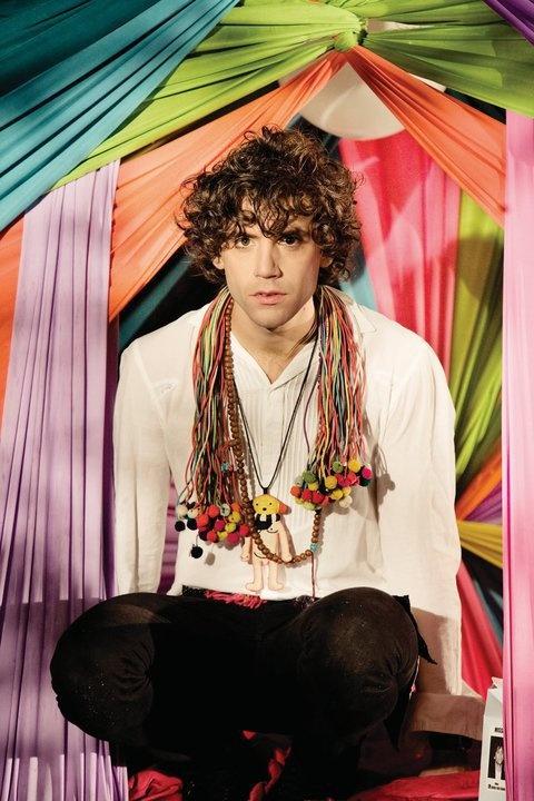 Mika behind the scenes video : making of Rain : 2009