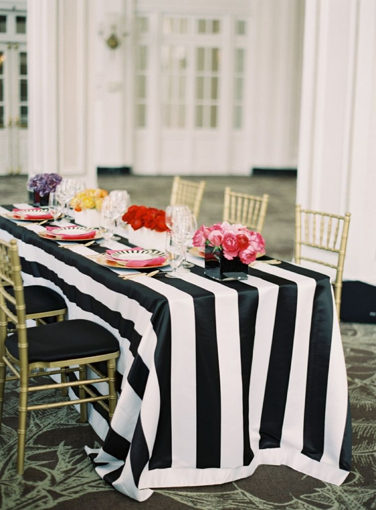 Colorful Kate Spade Inspired Wedding Ideas // Photo by Odalys Mendez Photography, Design by Ashley Baber Weddings, see more: http://theeverylastdetail.com/colorful-kate-spade-inspired-wedding-ideas/