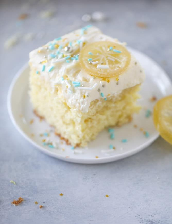 by Jessica on February 23, 2018 11 4 Predictably, lemon and I are having a moment. I've been lemon-ing all the things. Like chicken and now sheet cake and even chia pudding that I'll tell you about