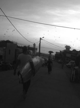 Imsouane: Surfen im Hafen