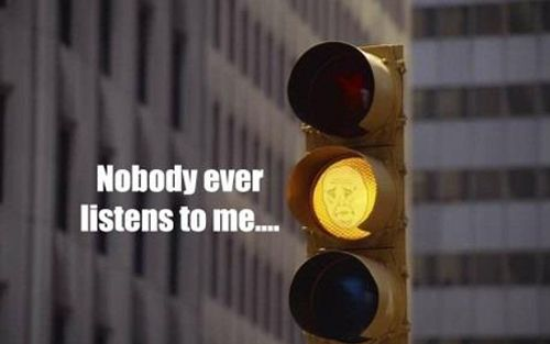 : Funny Pictures, Amber, Funny Stuff, Funniest Memes, True Stories,  Stoplight, Traffic Lights, Wall Photos, Yellow Lights