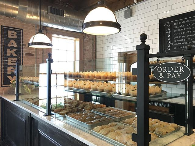 Two #fixerupper reveals in one week... I need a cupcake! How many of y'all have stopped by the bakery?#silosbakingco