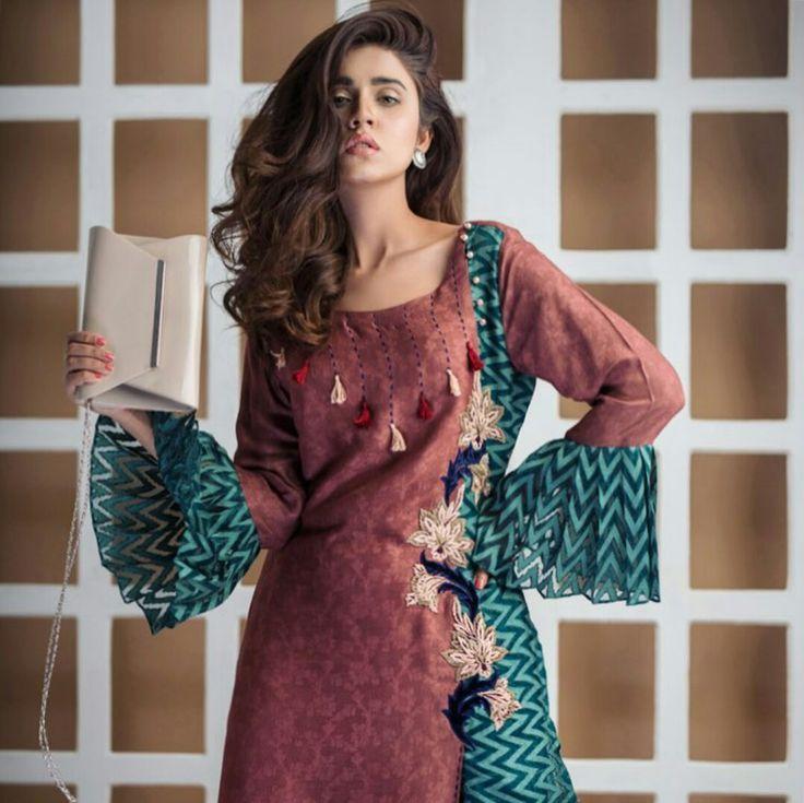 Beautiful Summer Casual Wear of #UmshabyUzmaBabar Model Marvi Shabbir Photography #FayyazAhmed #Beautiful #Formals #SummerCasual #SummerOutfits #PakistaniFashion #PakistaniModels #PakistaniCelebrities