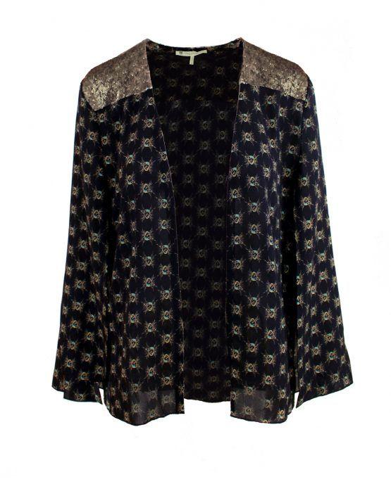 bed-jacket-cap-sleeves-house-of-harlow-1960