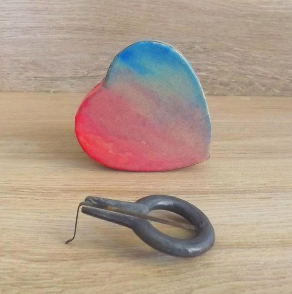 Special Valentine's day gift. Sicilian jews harp in red turquoise hand painted heart shaped box ( guimbarde, marranzano in iron). SMALL size
