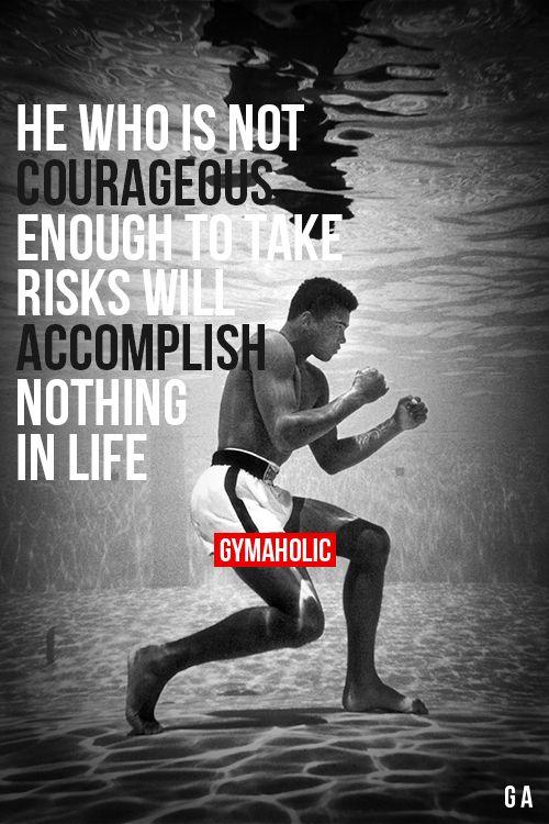 Wees sociaal en probeer buiten de doos te denken wees doel gericht maar wees ervoor bereid dat je kan vallen maar als je valt sta je op en ga je verder want als je iets wilt bereiken moet je ervoor vechten