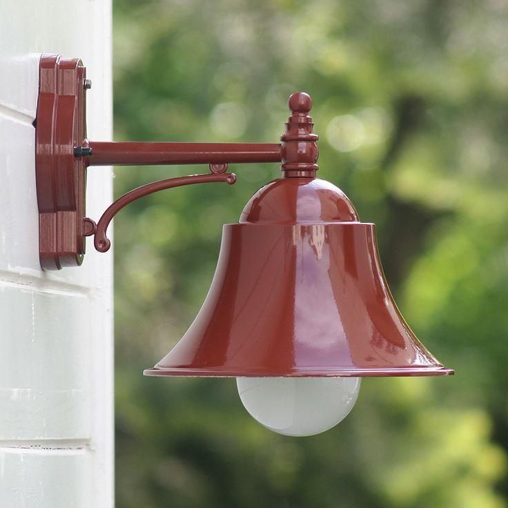 Traditionelle Außenlampe mit Schirm 46212 im Industriedesign von Terme-Leuchten