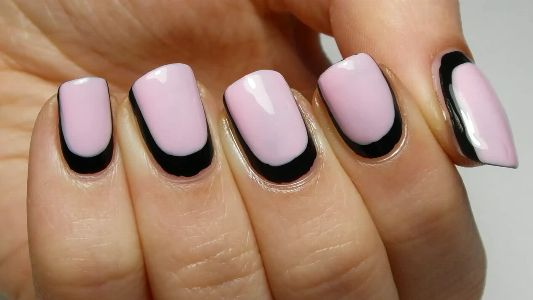 Come si fa: la french manicure Reverse