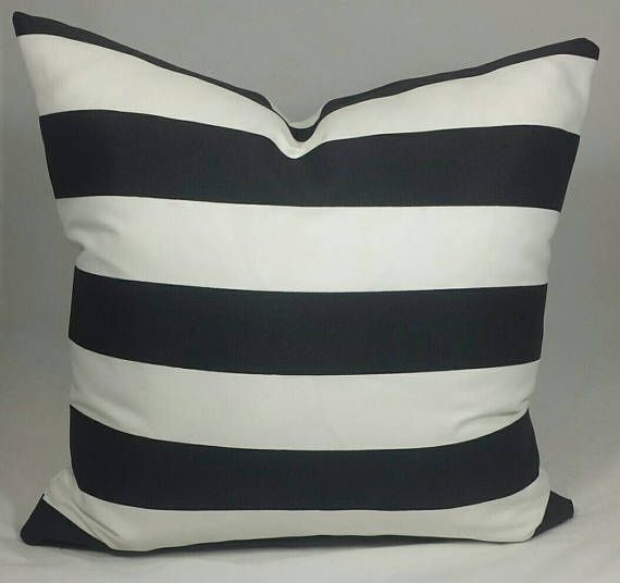 Indoor/Outdoor Black And White Cushion Cover. Multiple Sizes Available