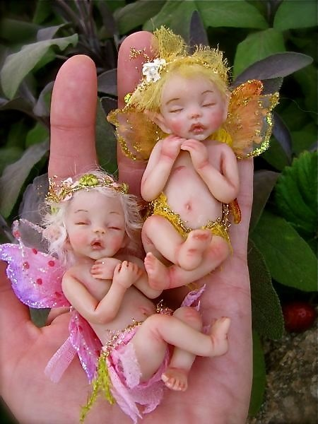 babys Tiny baby fairy dolls. hand made?/ Imagine the work? Outstanding, Adorable!!
