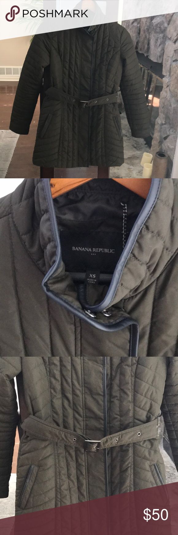 SALE - Banana Republic Quilted Puffer Jacket Only worn twice. Perfect Condition. Color is dark olive green. Can be worn with or without belt. Perfect fashionable yet warm coat. Leather trim. Two front pockets. MOVING soon so make me an offer!! Banana Republic Jackets & Coats