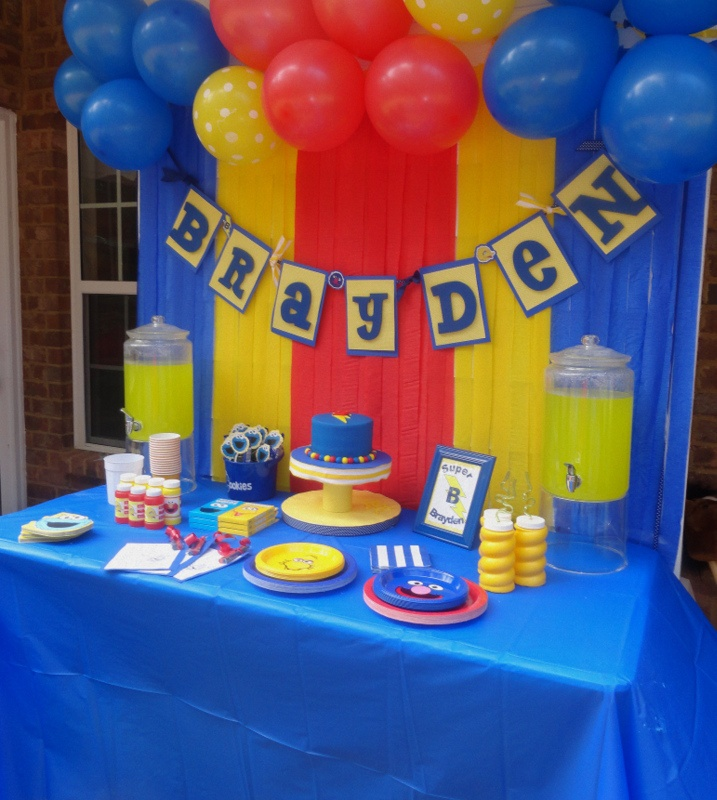 Sesame Street Party Table.  Super Grover Party.  Primary Color Streamer Backdrop.  DIY Party.