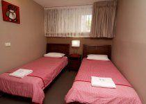 Merrima Court Holidays - 2 Bedroom Apartment Single Beds - Sunshine Coast Family Holiday Accommodation