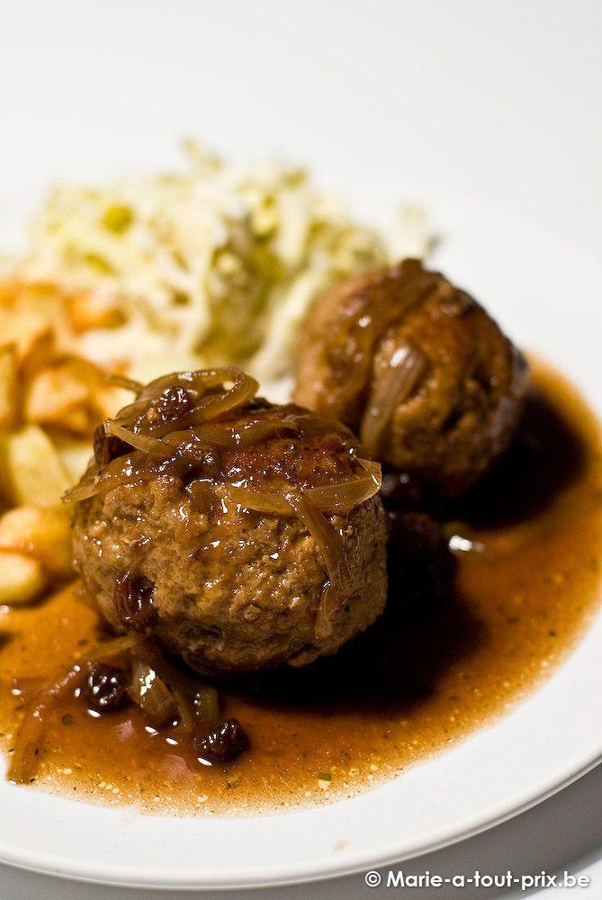 """'Boulets Liégeois', Liège, Belgium - dé-li-ci-eux !! et uniques - la sauce est à base de """"sirop de Liège"""" !!"""