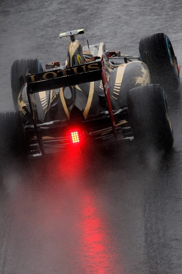 Silverstone F1 GP to come. Will there be more rain I wonder? Get last minute Formula 1 passes with www.tikbuzz.co.uk