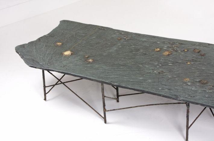 Pia Manu slate table