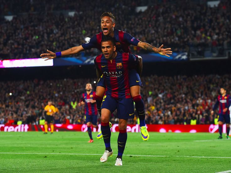 "PSG star Dani Alves reportedly called his 'close friend' Neymar about a €222 million transfer from FC Barcelona - Dani Alves has apparently called his former FC Barcelona team-mate Neymar regarding a €222 million (£196.5 million) transfer to Paris Saint-Germain.  Former Brazil international Maxwell, another ""close friend"" of Neymar, also called the Barça forward according to BT Sport and ESPN's resident French football expert Julian Laurens.  Laurens also said that PSG chairman Nasser…"