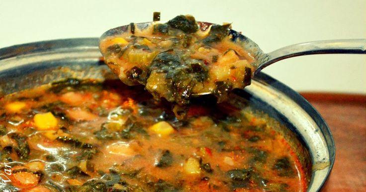 Bu çorbayı annem yaptı annemin tarifidir ve bizim evde sürekli pişer çok lezzetlidir,karadenizli olanlar bilirler bunu Malzemeler...