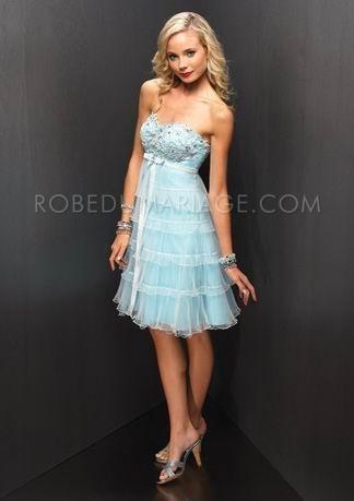Bleu sans bretelle décolleté en coeur ceinture multicouche robe de soirée