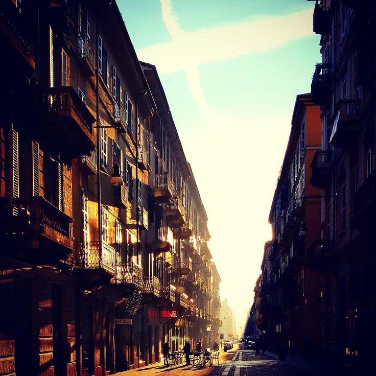 #Torino raccontata per immagini dai follower di @twitorino. Foto di @simdegio #fotografaTO