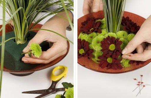 Fontein maken met bloemen - bloemschikken chrysanten zomer en najaar op water