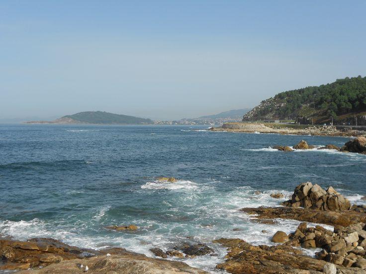Onderweg van Vigo naar A Guardia, op de achtergrond de Cies eilanden, links de Atlatische oceaan.