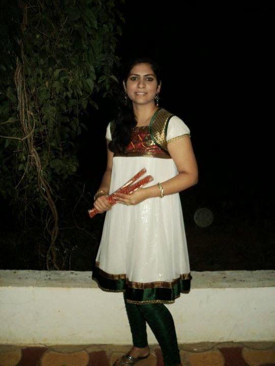 983 Best Desi Girls Images On Pinterest  Daughters, Girls -3776