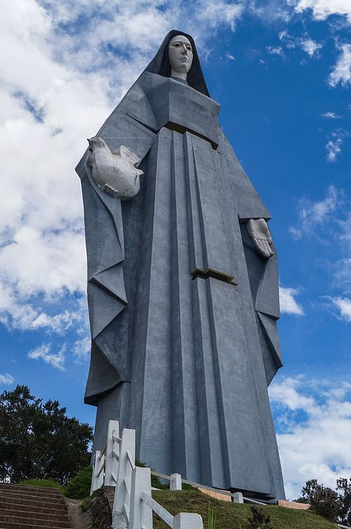 Monumento Virgen de La Paz II.jpg