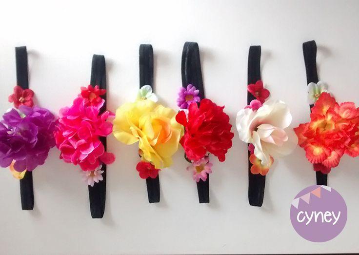 Vincha elastica flores Casamientos Cotillon Bodas Eventos cintas