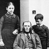 Beatrix with her brother Bertram and her father