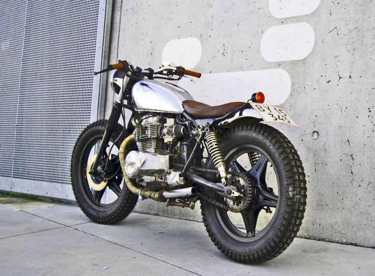 Honda CB 125                                                       …