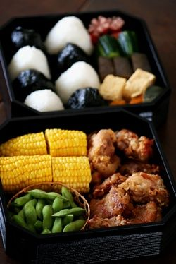 Japanese Special Day Bento Lunchbox for Sports Day (Chicken Karaage, Edamame Green Pea, Boiled Corn, Plain White Onigiri and Nori Seaweed Wrapped Onigiri Rice Balls)|運動会弁当