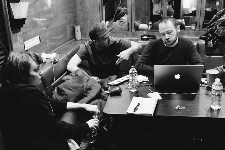 CHVRCHES, tour bus, New York, September 2013, photos by Rachael Wright