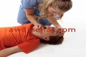 Cara Menangani Kejang Demam Pada Anak