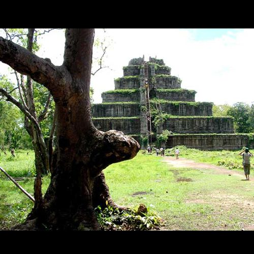 Another great tourist attraction when in #Cambodia is the Kerguelen Islands (Koh Ker).  It used to be the capital city of Khmer empire and is also the ancient site of the majestic #Angkor The day trip to the ruins can tire you up so when you get back to your #hotel room, relax a little by playing your favorite #GClubCasino game. #GClub #onlinecasino #casino #baccarat #onlinebaccarat