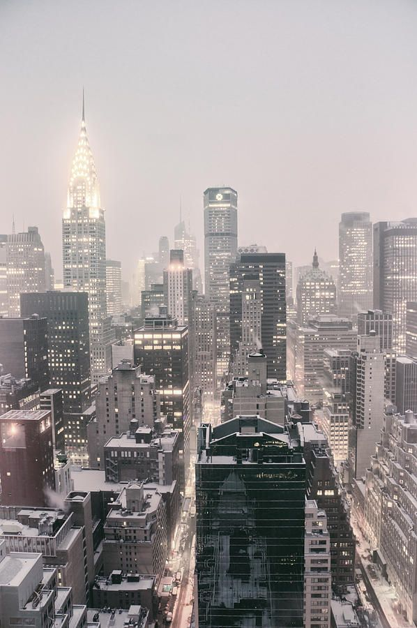New York City – Snow Covered Skyline   – Нью-Йорк.