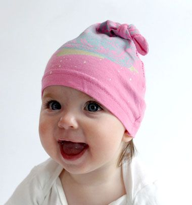 Upcycled knotted baby hat // Pihe-puha csomózott babasapka régi pólóból // Mindy - craft tutorial collection