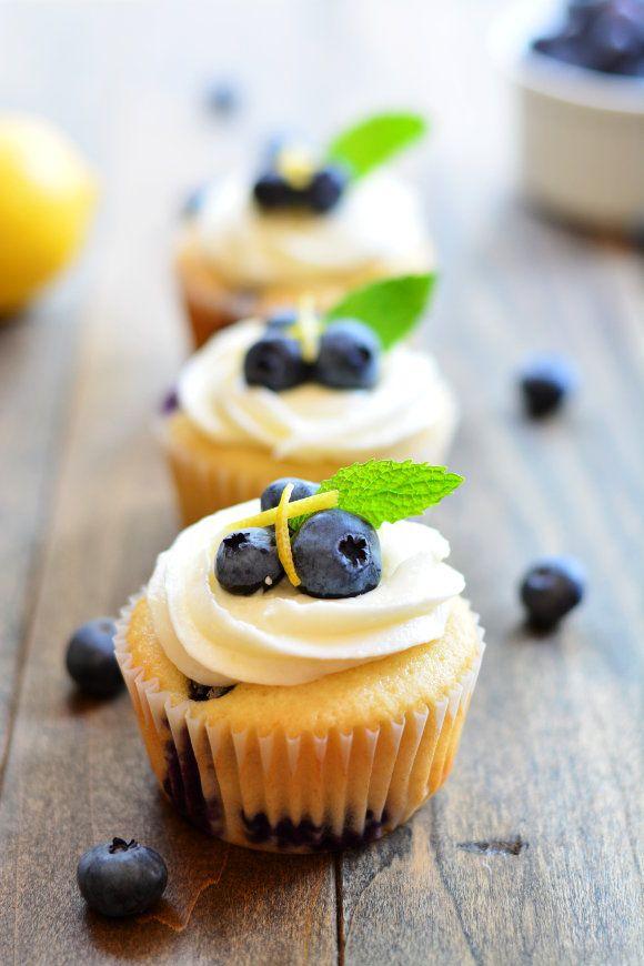 Blueberry Lemon Cupcakes | Garnish and Glaze