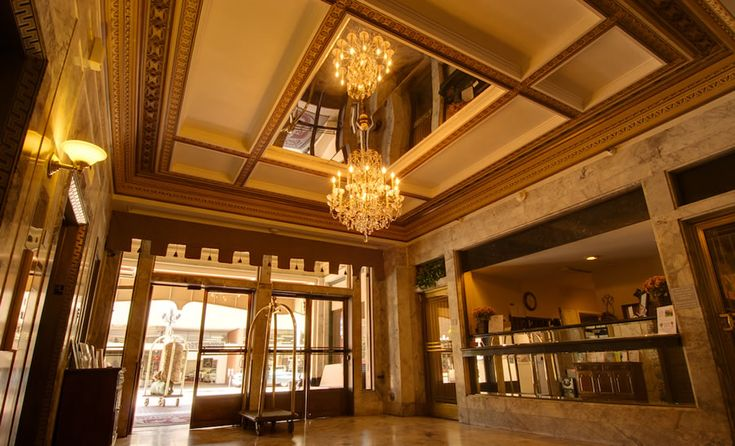 luxury lobby | Classic and Luxury Main Lobby Interior Design of Gaslamp Plaza Suites ...