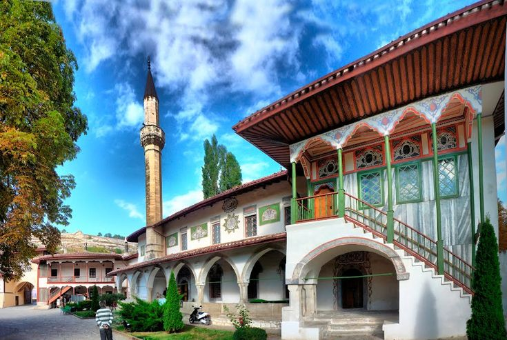 Ханский дворец Бахчисарай: 11 тыс изображений найдено в Яндекс.Картинках