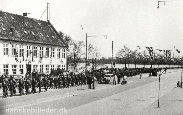 Damhussøen, tyskerne går tilbage til Tyskland, befrielsen 1945