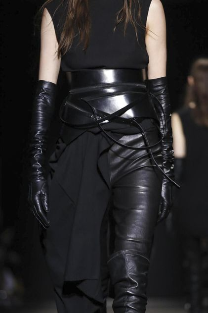 Ann Demeulemeester Ready To Wear Fall Winter 2015 Paris