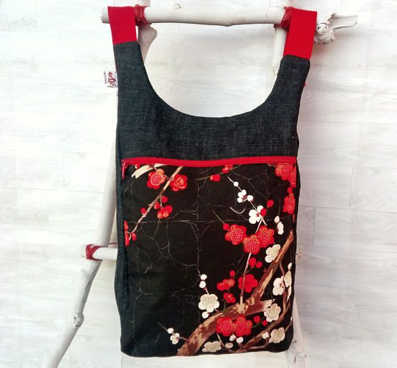 Mira este artículo en mi tienda de Etsy: https://www.etsy.com/es/listing/573450063/mochila-mujer-estampado-japones-bolso