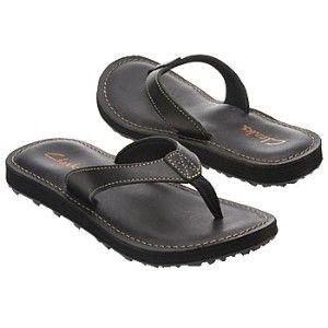 clarks black leather flip flops