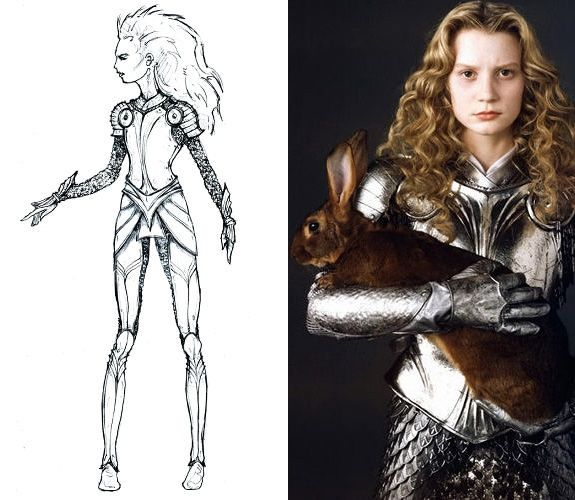 Alice's armour. So refreshing to see a decent suit of armour for a warrior woman in a film!!